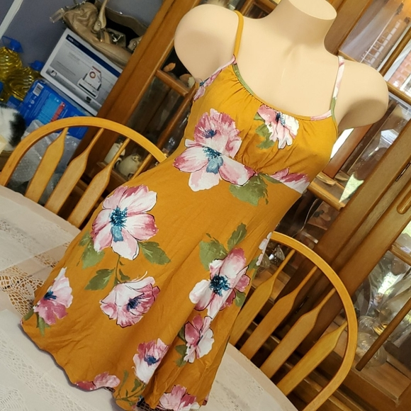 Stunning Warm Weather Floral Dress